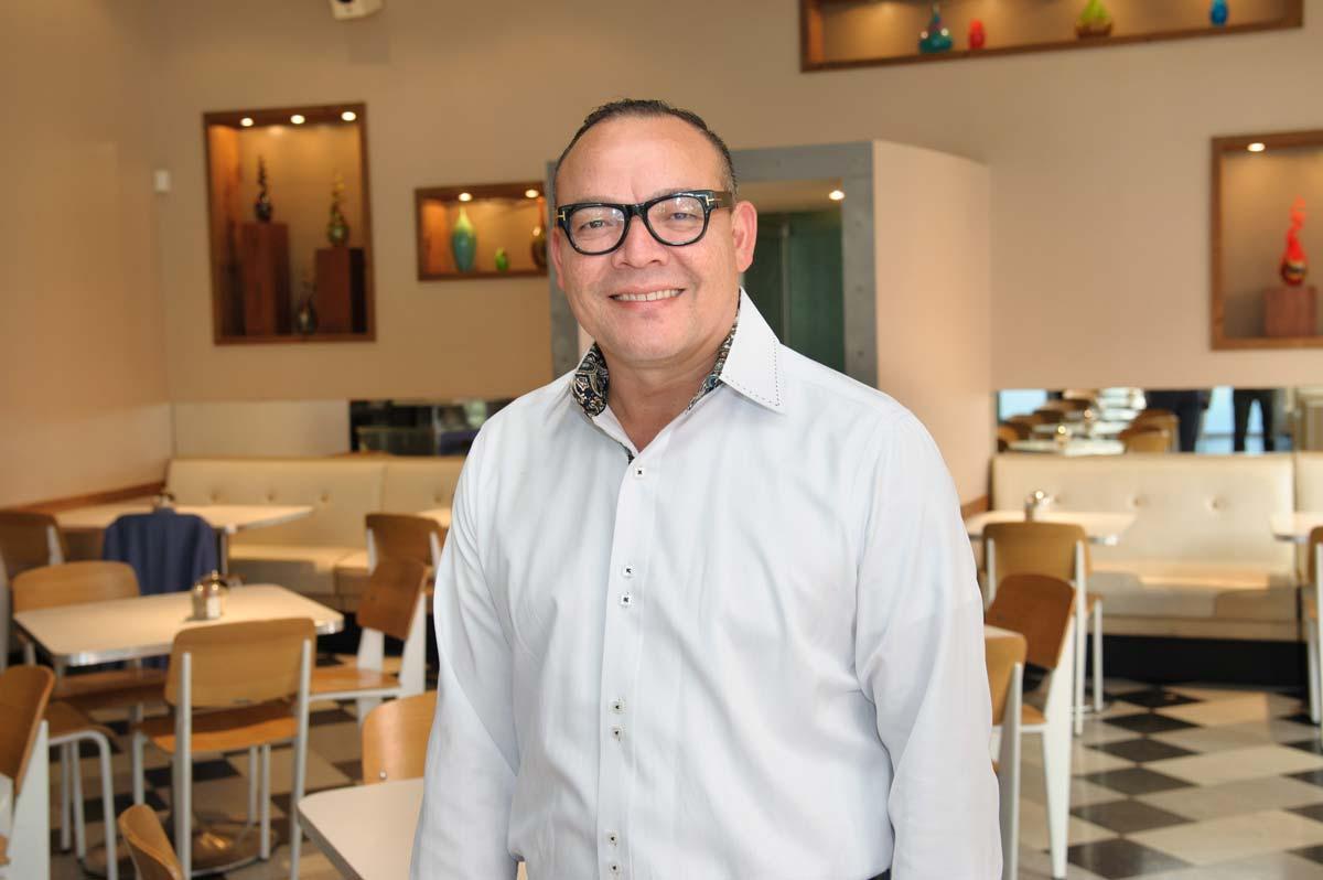Armando Villalobos | Taco Diner Shops at Legacy Restaurant Director